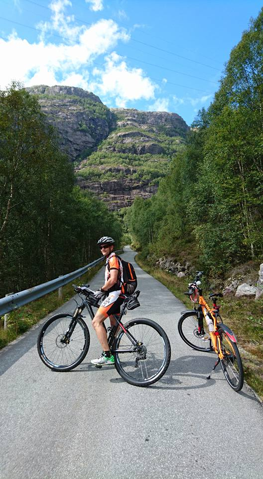 lysefjordtur5-ready-for-climbing