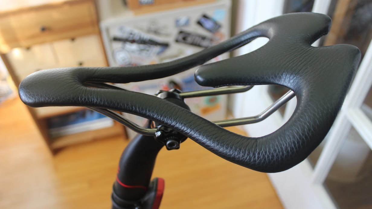 New Atlas Review: Infinity Seat is barely there, but it's big on comfort
